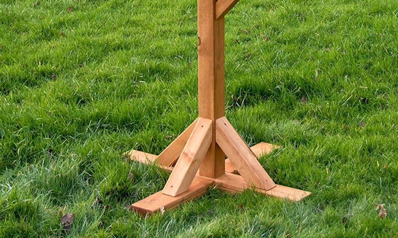 How to secure bird table to ground